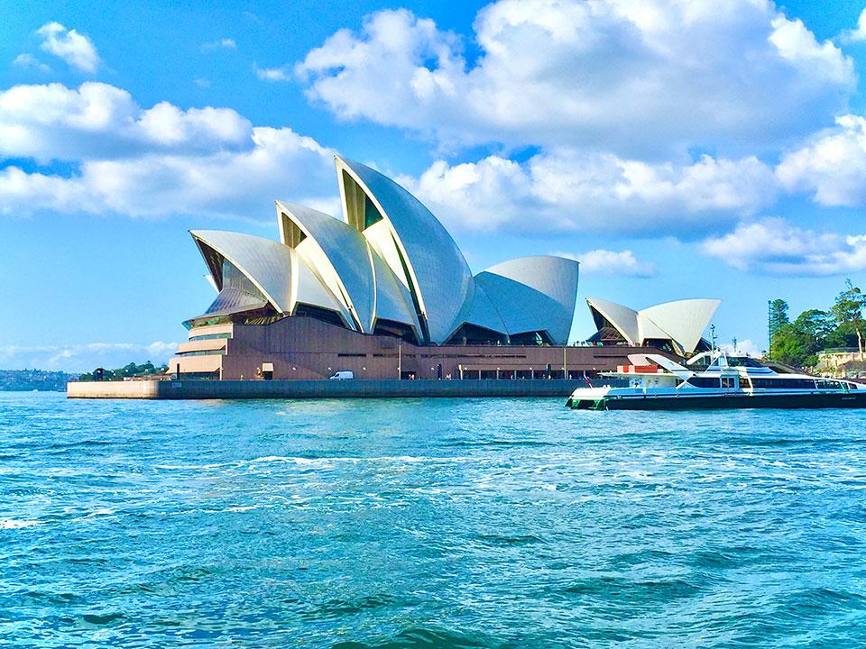 オーストラリアの世界遺産 シドニーオペラハウス