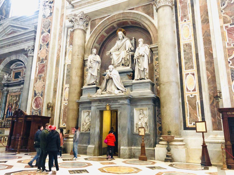 サンピエトロ大聖堂 宝物館
