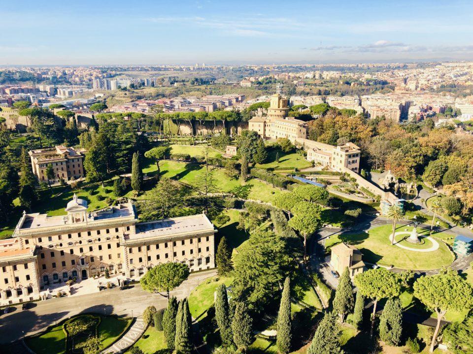 サンピエトロ大聖堂クーポラからの眺め