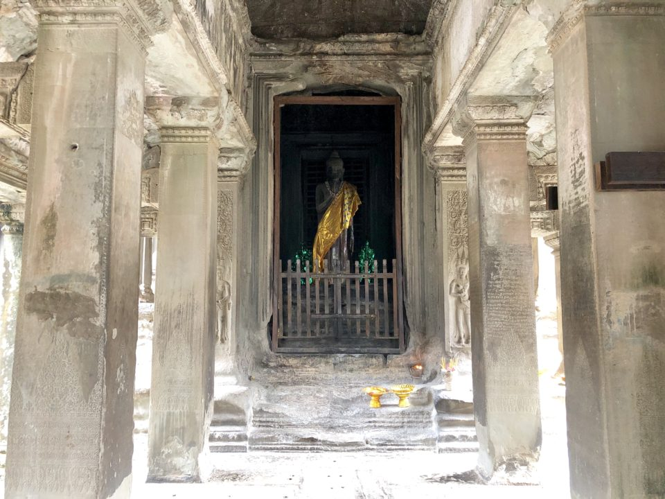 アンコールワット 仏陀像